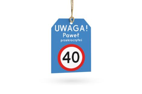 etykieta na prezent ze znakiem drogowym zakaz wjazdu